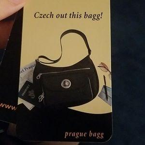 Baggallini Prague Bagg NWT